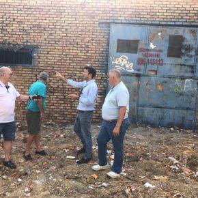 Carlos Pérez (Cs) solicita al gobierno local mejoras urgentes en el mantenimiento de la barriada de El Pelirón